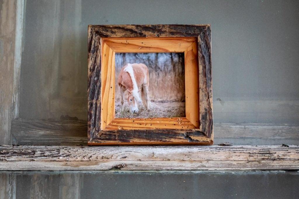 Holzbilderrahmen mit Pferdemotiv